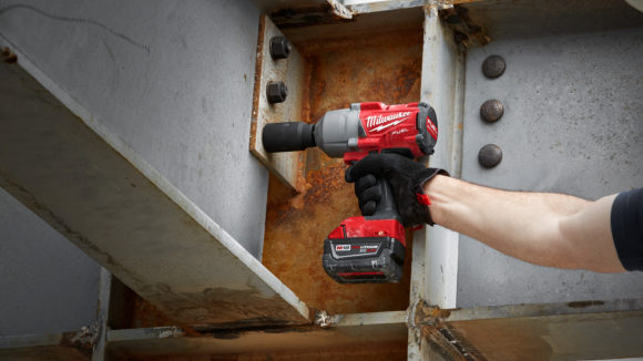 Impact wrench features torque