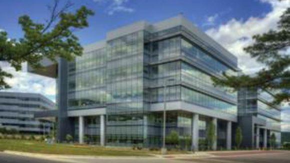ACM clads NASA building Low-emissivity glass deflects heat