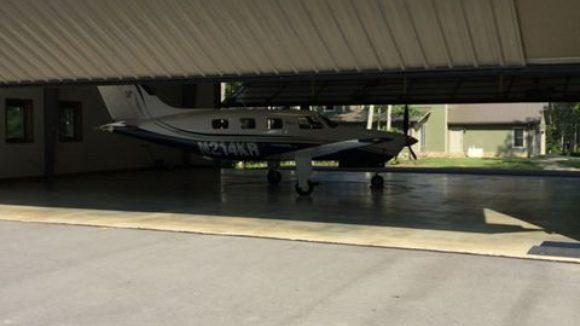 Private hangar, Oneida, Tenn.