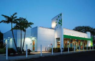 To prepare for adding convenience stores in southern Florida, Cumberland Farms commissioned Building Envelope Systems to design a structure that was functional and could be quickly built.