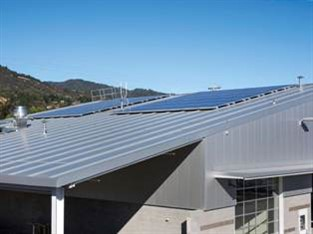 Division 13 Buildings Inc. installed Kingspan Insulated Panels Inc.'s 6-inch KingZip insulated metal roof panels and KS Optimo insulated wall panels on Mendocino Transit Authority's bus maintenance facility.