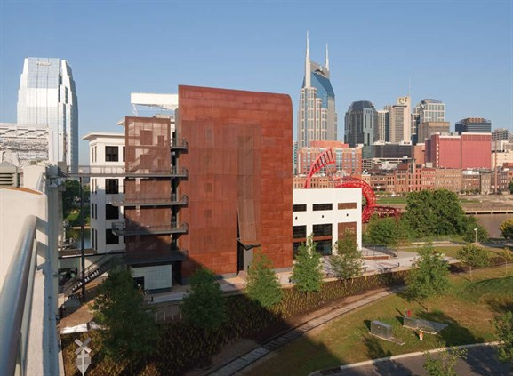 Modern Architecture Nashville metal construction news-magazine feature.from dilapitated to dynamic